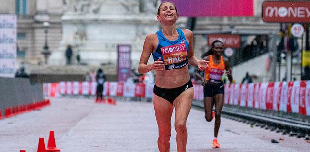 Sara Hall at the 2020 Virgin Money London Marathon